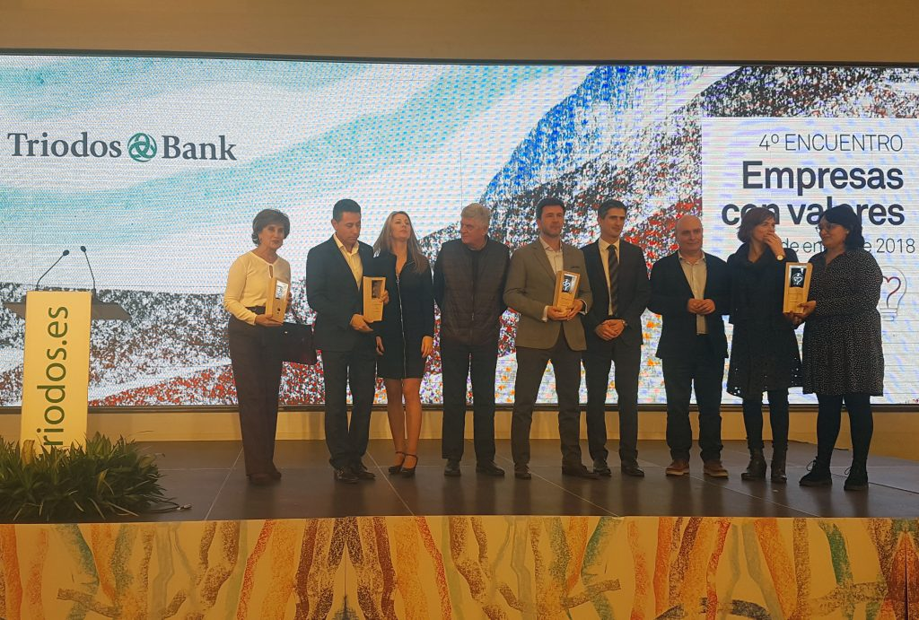 Grupo de finalistas premios Triodos, entre los que se encuentra WhatsCine.